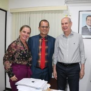 A pedido de Ivana Bastos, CERB libera equipamentos para Tanque Novo.