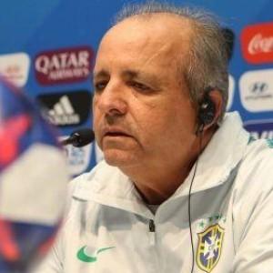 Vítima de câncer aos 63 anos, técnico Vadão morre em São Paulo.