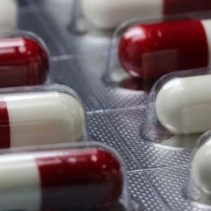 Remédio da Rússia contra covid chega a hospitais na semana que vem.