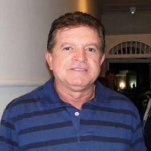 Caetité: Ex-prefeito será denunciado ao MP-BA por irregularidades em contratos.