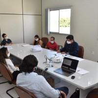 Comitê de Enfrentamento ao Covid-19 de Guanambi se reúne com o Prefeito para definir estratégias frente ao cenário epidemiológico. - Foto 2