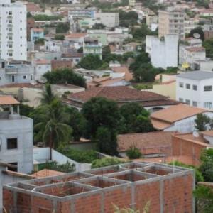 Conselho Municipal de Saúde indica necessidade de novas medidas restritivas para o comércio em Guanambi.