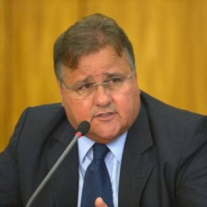 Geddel Vieira Lima deixa presídio em Salvador para cumprir prisão domiciliar.