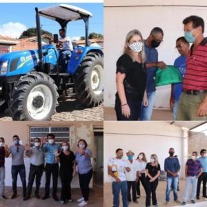 Ivana Bastos participa de entrega de trator em comunidade de Pindaí.