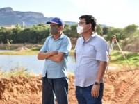 Prefeito de Guanambi vistoria e destaca importância da Lagoa de Mutans.