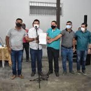 Prefeito Jairo Magalhães anuncia construção de praça no Bairro São Sebastião.