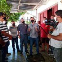 Deputado Charles Fernandes discute sucessão municipal em Sebastião Laranjeiras. - Foto 3
