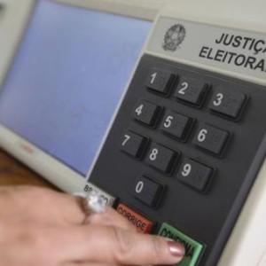 TSE aprova resoluções com novas datas para o processo eleitoral.