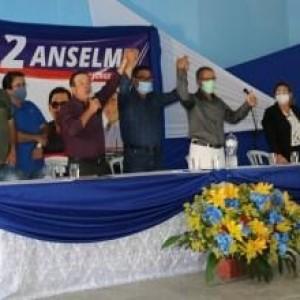 Anselmo Boa Sorte registra candidatura à prefeitura de Malhada.