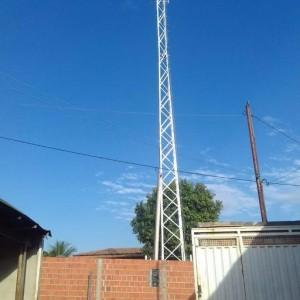 Concluídas as obras de instalação da torre de celular em Carinhanha.