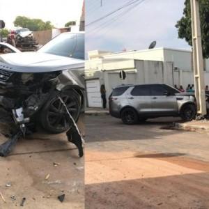 Ex-primeira dama fica ferida em acidente envolvendo três veículos em Guanambi.