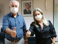 Guanambi terá linha área graças a nossa luta, e oportunistas querem pegar ponga, afirma Ivana Bastos.