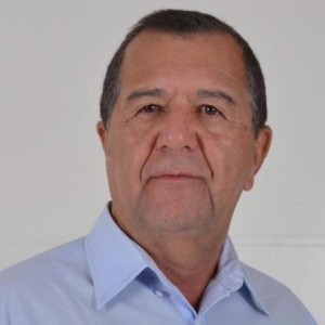 Justiça Eleitoral indefere candidatura à reeleição do prefeito de Carinhanha.