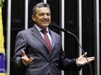 Deputado Charles Fernandes celebra eleição de diversos prefeitos da região.