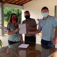 Prefeita Olga Gentil apresenta demandas do município ao deputado Charles Fernandes. - Foto 1