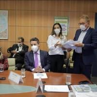 Ivana Bastos comanda comitiva baiana e busca investimentos no Ministério dos Transportes. - Foto 1
