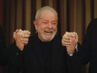 Lula lidera corrida eleitoral de 2022 e venceria Bolsonaro no 2º turno, diz Datafolha.
