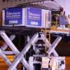 Remessa de 3,8 milhões de doses da Oxford/AstraZeneca chega ao Brasil.