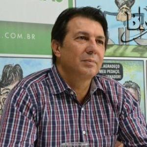 A chapa dos 'sonhos' seria ACM Neto no governo e Cacá Leão no Senado, diz Arthur Maia.