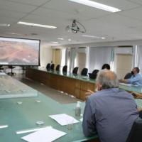 Deputada e prefeito tratam sobre nova unidade de ensino para Iraquara. - Foto 1