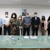 Deputada e prefeito tratam sobre nova unidade de ensino para Iraquara. - Foto 2