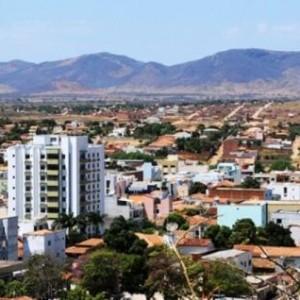 Guanambi não oferece estrutura para funcionamento de faculdade de medicina.