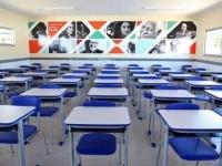 Pesquisa aponta que 132 cidades baianas desejam voltar às aulas presenciais só em 2022.