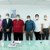 Mandato de Ivana Bastos e prefeitos tratam de investimentos autorizados pelo governador na SEC. - Foto 4