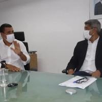 Mandato de Ivana Bastos e prefeitos tratam de investimentos autorizados pelo governador na SEC. - Foto 3