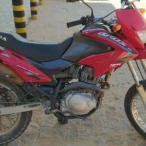 Motocicleta roubada em Jaíba é recuperada em Palmas de Monte Alto.