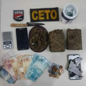 Suspeito de tráfico é preso com quase um quilo de maconha em Guanambi.
