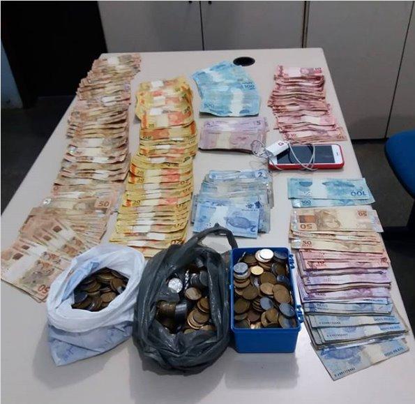 Polícia prende quatro suspeitos de roubar 20 mil em comercio no município de Pindaí.