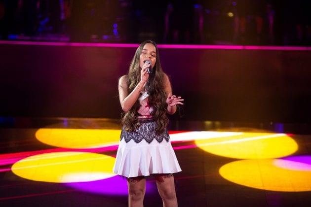 Cantora de Espinosa vence mais uma batalha no The Voice Brasil 2019.