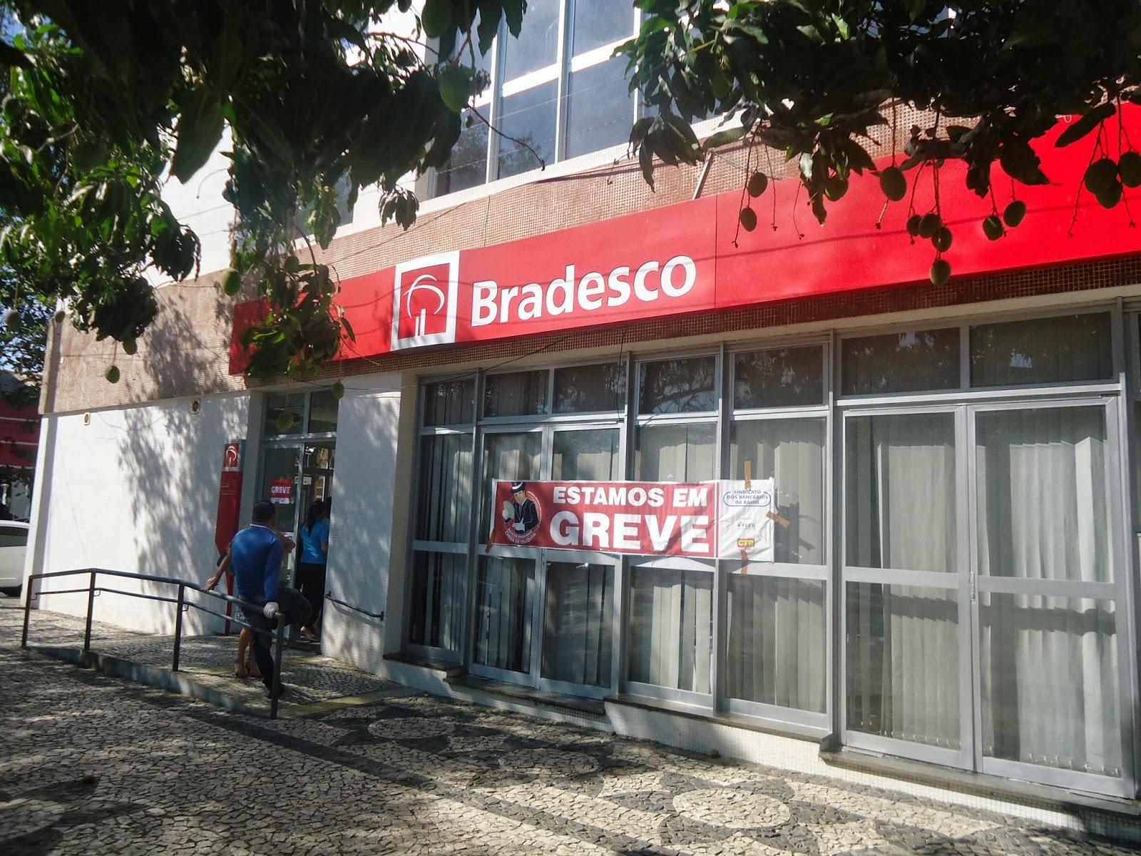 Bradesco fechará 300 agências em 2020.