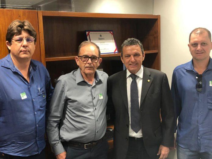 Representantes do Perímetro Irrigado do Formoso pedem apoio de Charles Fernandes para a renegociação de dívidas dos prod