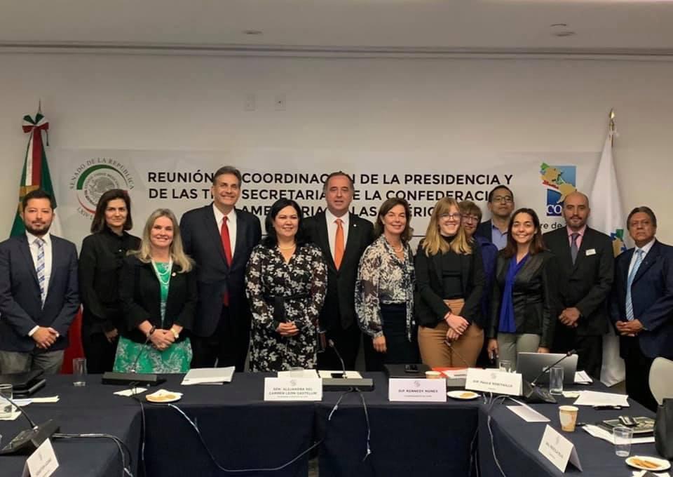 Ivana representa o Brasil em reunião da Coordenação da COPA no México.