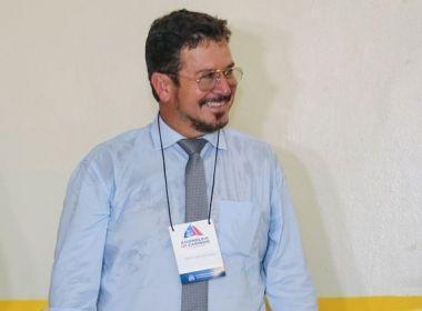 Após Manassés deixar o PSD, vaga de Charles Fernandes deve ser judicializada.