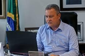 Rui Costa sanciona lei que antecipa feriados na Bahia.