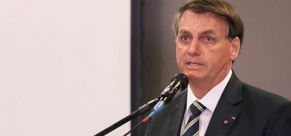Bolsonaro reafirma que governo não consegue manter valor de R$ 600 em auxílio emergencial.