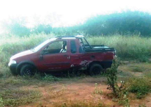 Casal fica ferido em acidente na BR-030 em Palmas de Monte Alto.