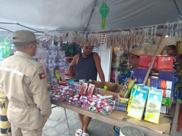 Prefeito de Caetité libera comércio de fogos de artifício e feira do gado.