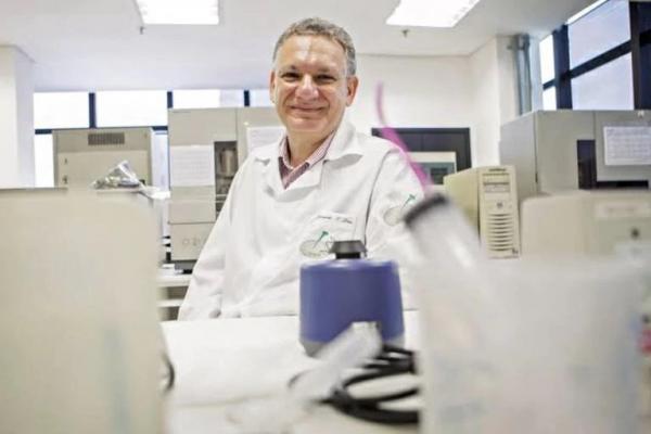 Ciência Brasileira: experimento inédito deixa paciente livre de HIV e eleva esperança para a cura da AIDS.