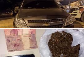Homem é detido em Ibiassucê acusado de tráfico de drogas e adulteração de veículo.