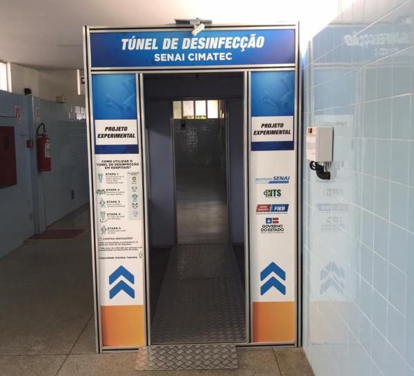 Túnel de desinfecção já está instalado no Hospital Geral de Guanambi.