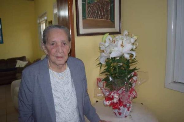 Morre mãe do ex-vereador Latinha aos 94 anos em Guanambi.