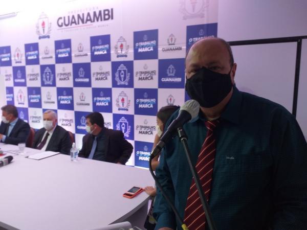 Prefeito de Guanambi, Nilo Coelho, nomeia cinco secretários.