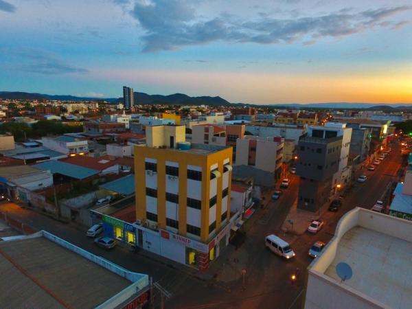 Em Guanambi 140 empresas encerraram suas atividades durante a pandemia.