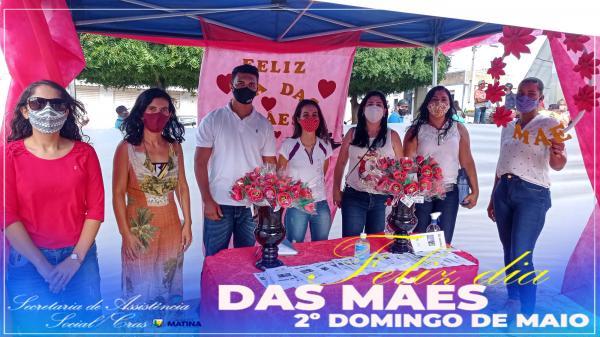 Assistência Social de Matina presta homenagens às mães.