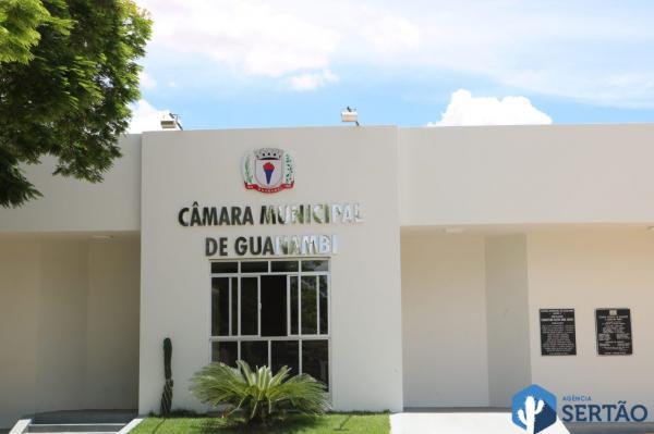 Câmara de Guanambi aprova projeto de lei que obriga o executivo a divulgar as listas de espera para consultas e exames.