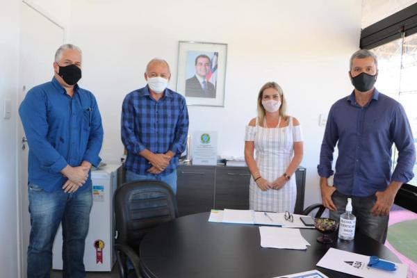 Ivana Bastos vai à Sudesb tratar de demandas de municípios.